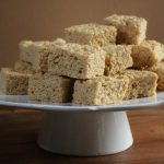 pumpkin-spice-rice-krispie-treats-2